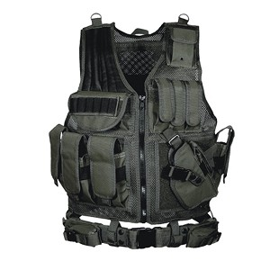 UTG 547 Law Enforcement Tactical Vest, Right Handed Black